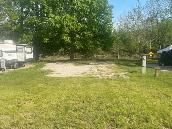 W/E 50-Amp River Site