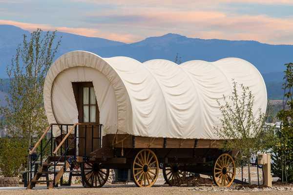 Conestoga Wagon King Bed