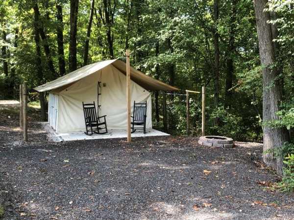 Luxury Tent (1 BDRM)