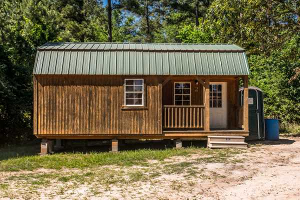 Large Cabin 2