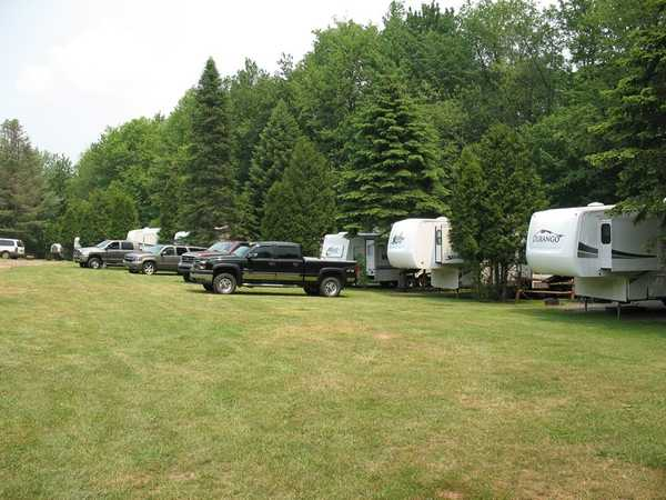 Water/Electric/Sewer RV Site