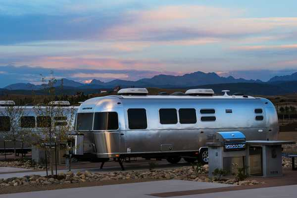 Airstream - Flying Cloud