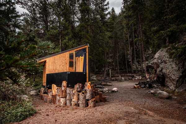 Micro Cabin Campsite