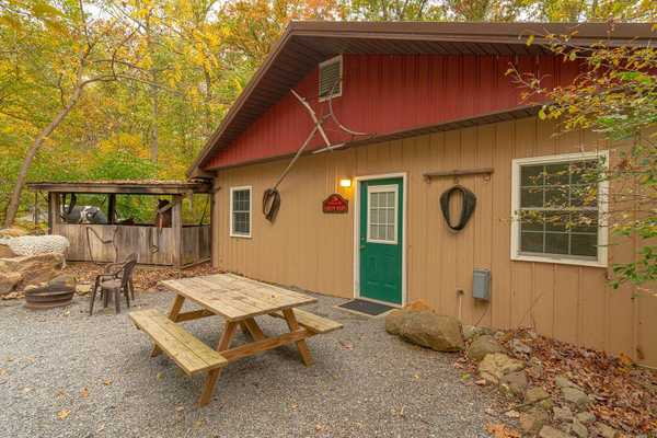Green Barn (No Pets Allowed)
