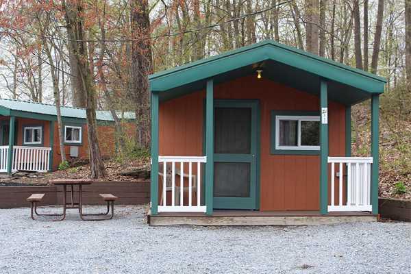 2-Room Rustic Cabin