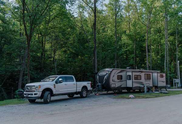Creekside Premium Pull-Thru RV Site
