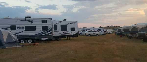 25 ft Travel Trailer/Pop-Up Camp Site
