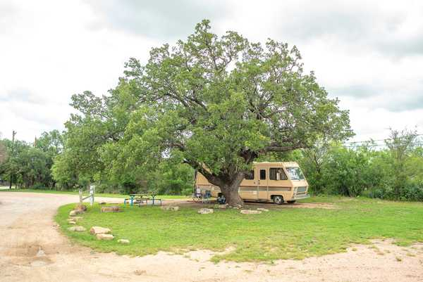 Tree Shaded (TX Adventure) Full Hookup RV Site 30/50 Amp