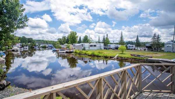 Deer Lake RV Resort & Campground