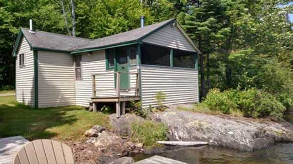 Secret Pond Lodge