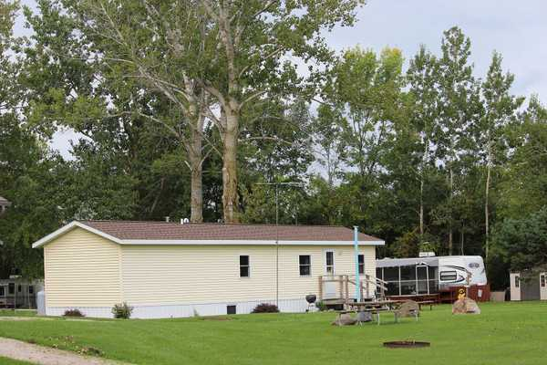 Standard Camping Cabin