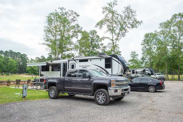 30/50 Amp Deluxe Waterfront RV Site
