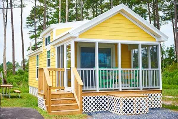 Lagoon Deck Super Site Cottage