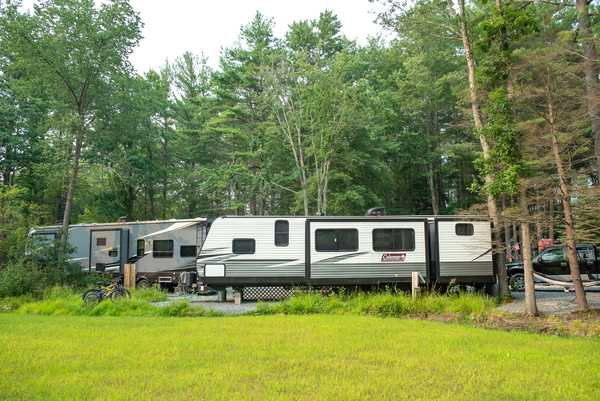 30 amp Water & Electric RV Site