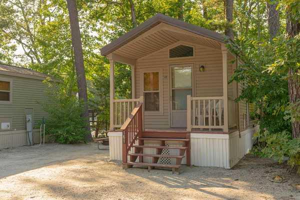 Deluxe Cabin Rental 1 Room