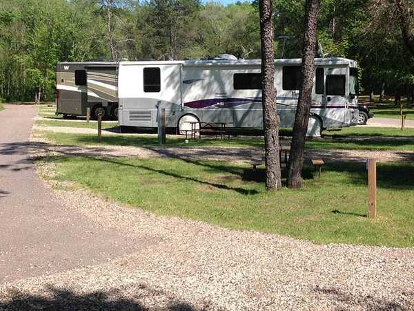 Deluxe Full Hook Up Back In RV Site