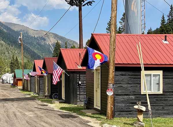 Clear Creek Cabins
