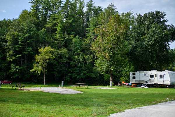 Premium 30/50 Amp RV Creek-side Site