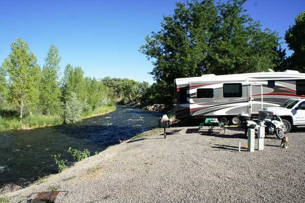 River Front Back-In RV Site