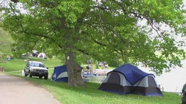 30 Amp Lakefront Tent Site