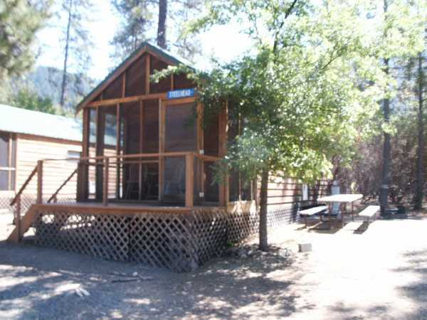 Steelhead Deluxe Cabin