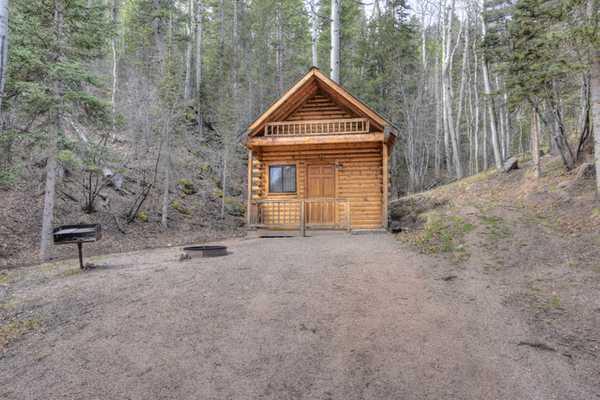 Deluxe Cabin w/Loft