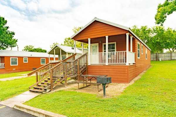 Comal Cottage Rental
