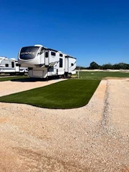 30/50 Amp Deluxe RV Site (available for monthly rental)