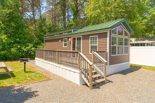 Premium Cottage 1 Bedroom w/ Loft 2 Beds