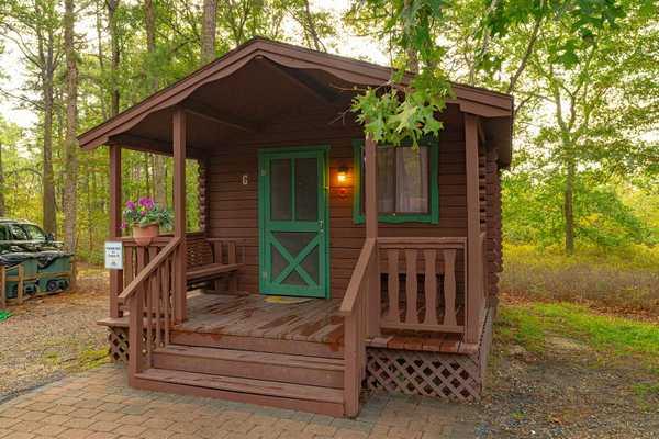 Cabin Rental ( F G)