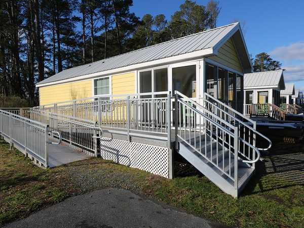 Flagship Cottage- Handicap