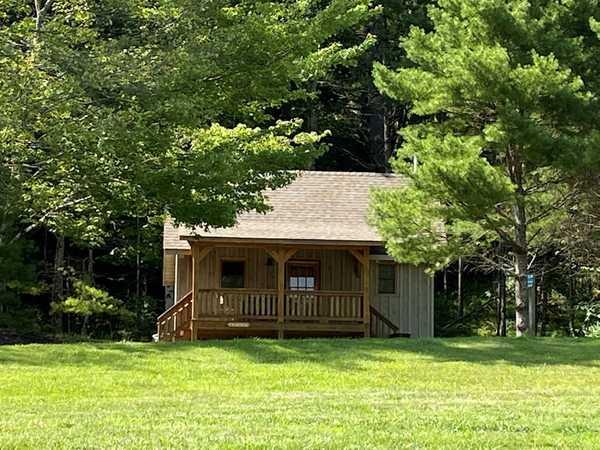 Cozy Cabin 2 (Crabtree)