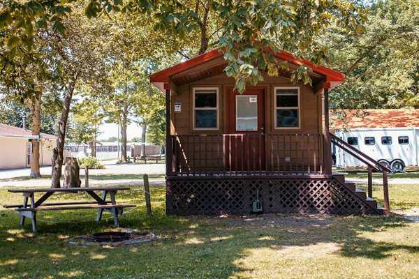 Cabin Rental 1 Bedroom 1 Bath
