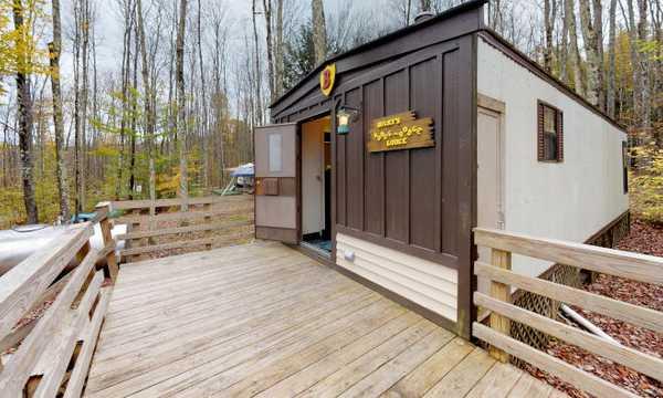 Hodge Podge Lodge (Sleeps 5)