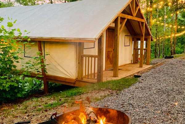 Lake View Glamping Tent