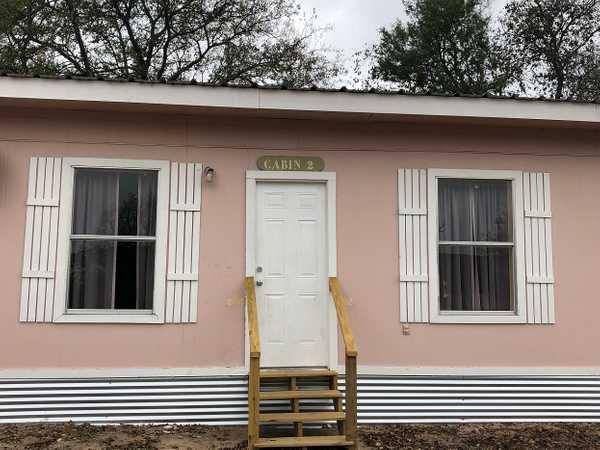 Deluxe 2 Bedroom Cabin