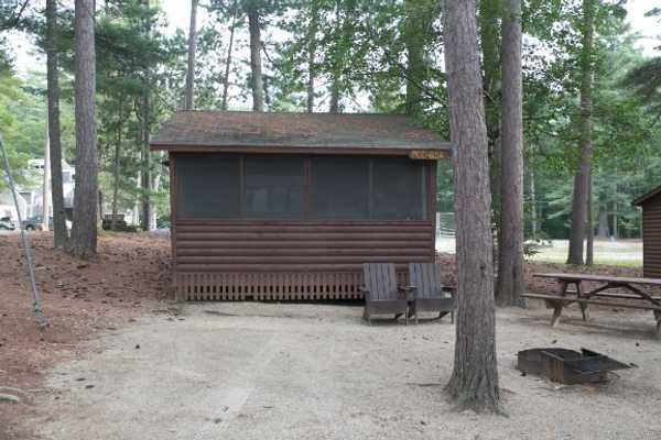 Pine Grove Deluxe Cabinette