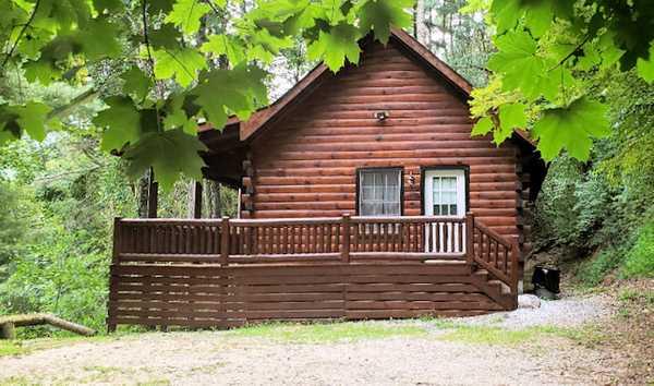 Modern Log Cabin (7Ridges)