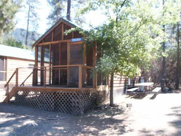 Salmon Deluxe Cabin