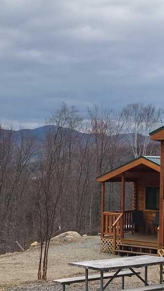 Mountain View Glamping Cabin (Sleeps 6)