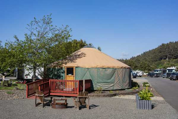 Yurt with 2 Bunk Beds
