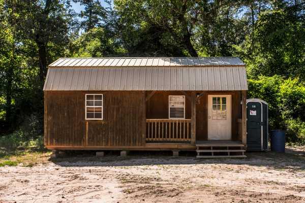Large Cabin 3