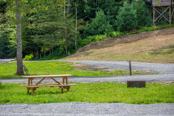 Pull-Through Gravel & Grass RV Site