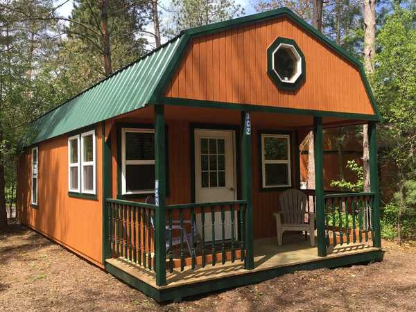 Deluxe Cabin Style 1