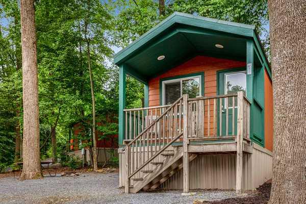 Mini Cozy Cabin
