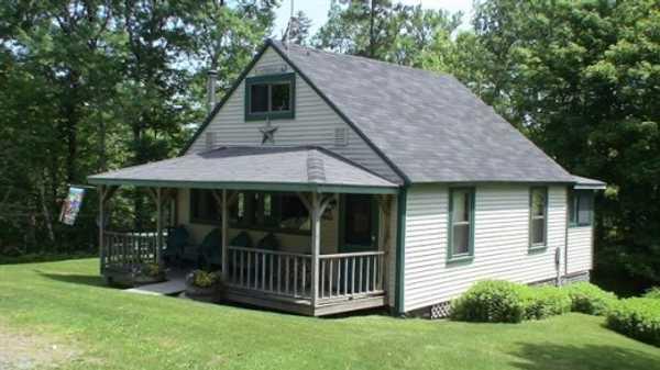 Wilson Pond Lodge