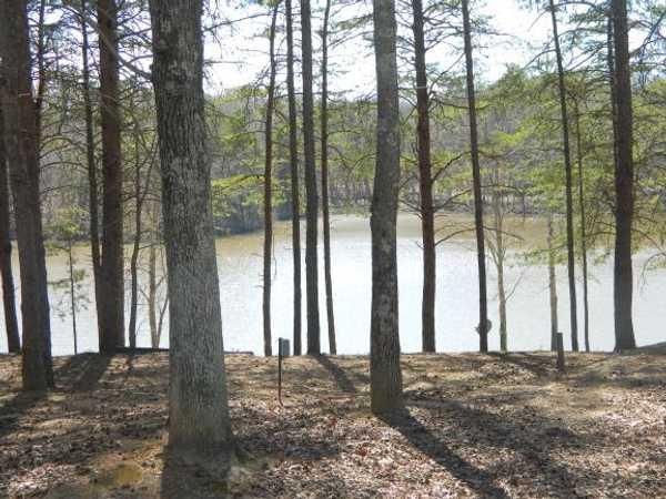 30 Amp Lakefront Full Hook Up RV Site