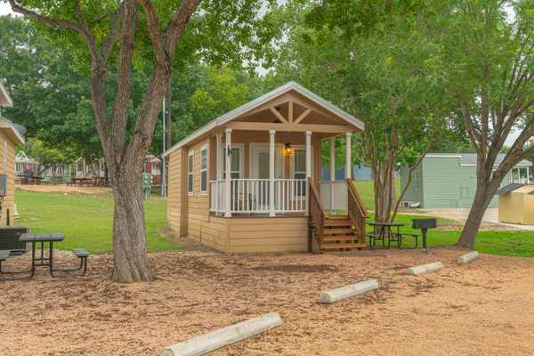 Sabine Cottage Rental